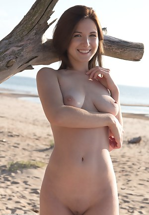 Free Teen Beach Porn Pictures